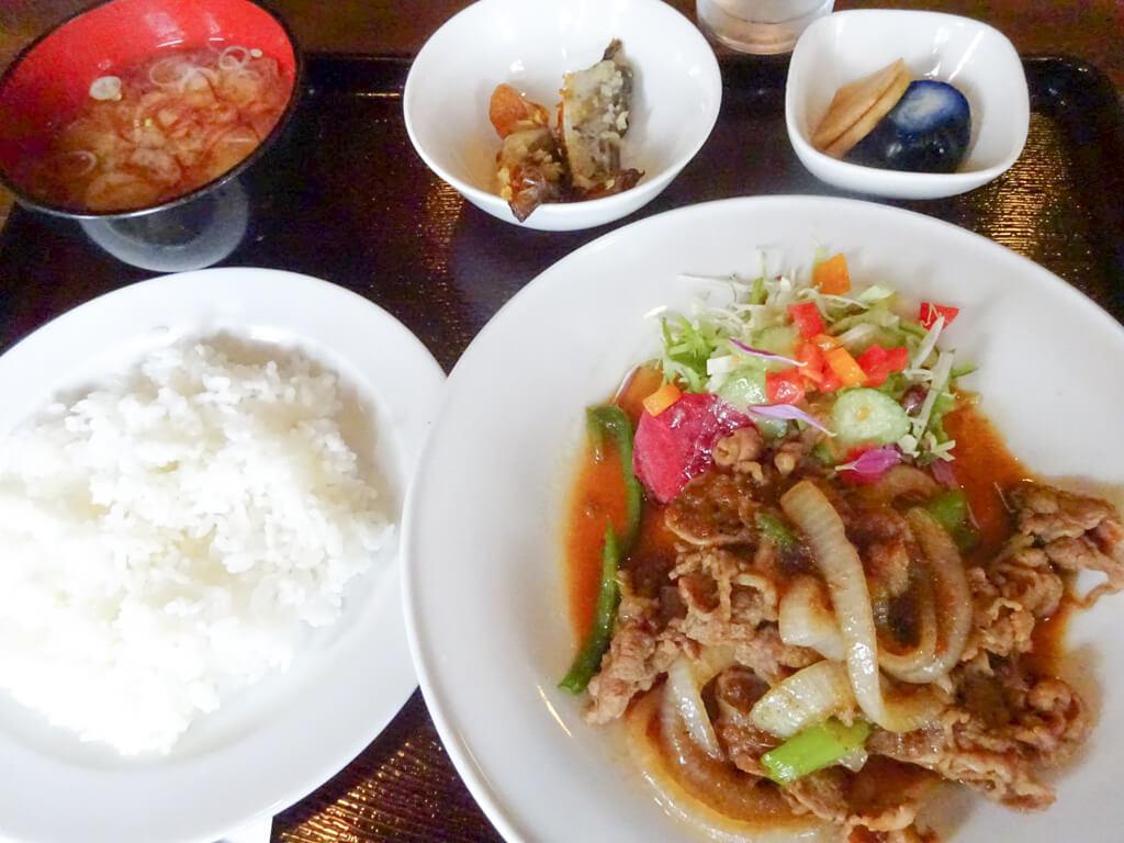 牛バラ肉の生姜焼き