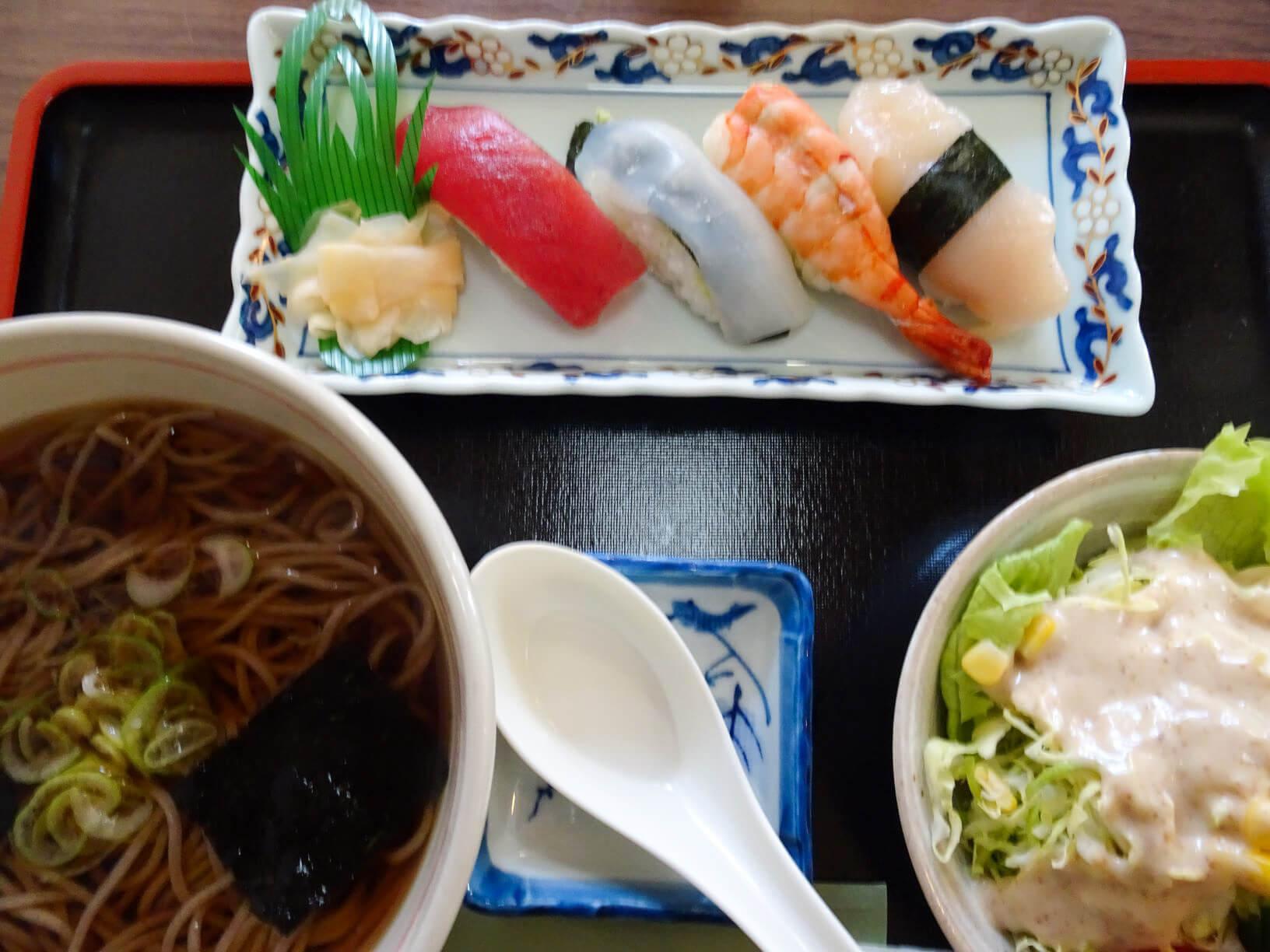 「握り寿司+お蕎麦」+野菜サラダ